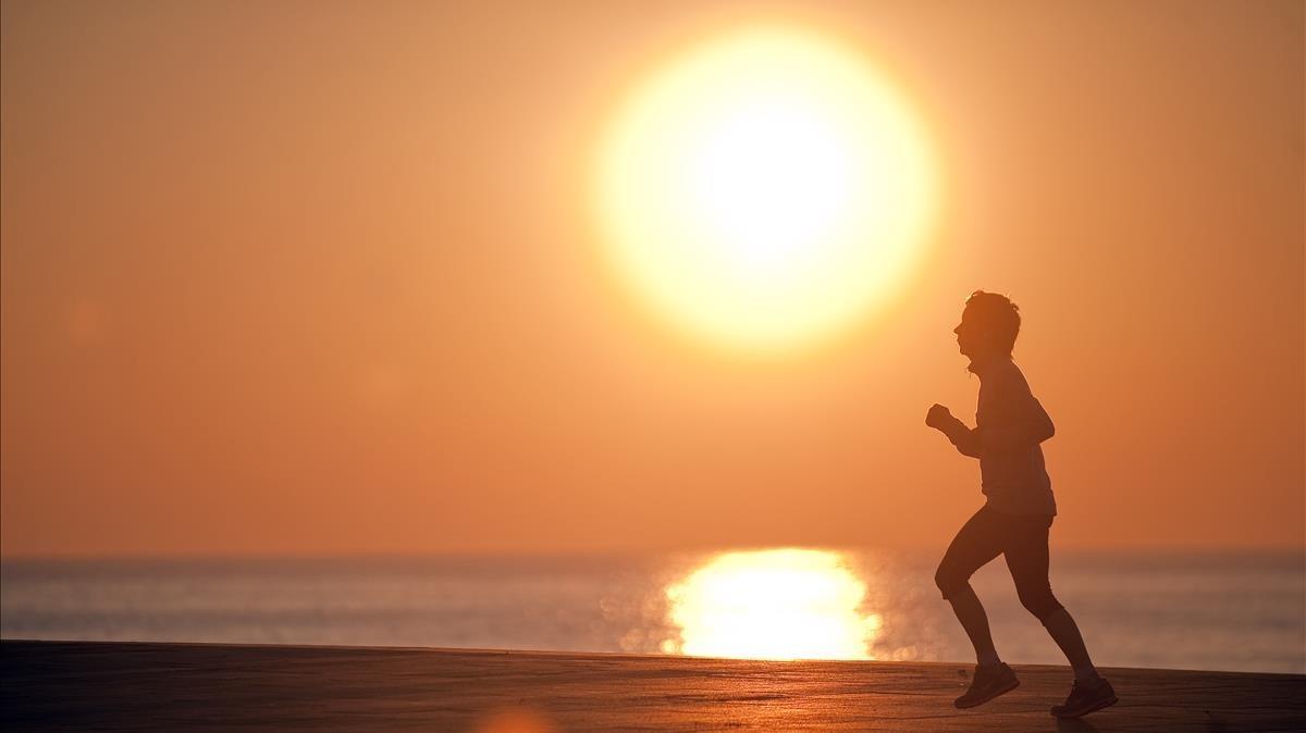 Amb l'horari d'estiu, el sol sortiria a les 9.15 al gener a Barcelona