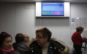 Sala de espera de los familiares en las urgencias de un hospital catalán..