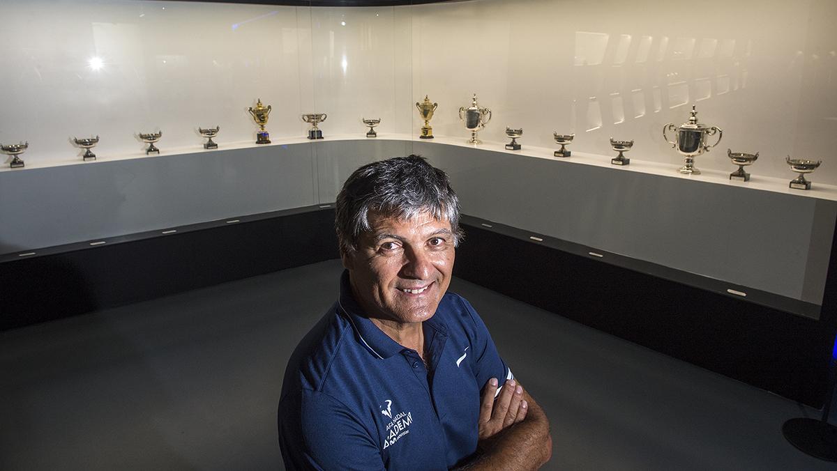 Toni Nadal, entrenador de Rafael, repasa la carrera tenística de su sobrino.