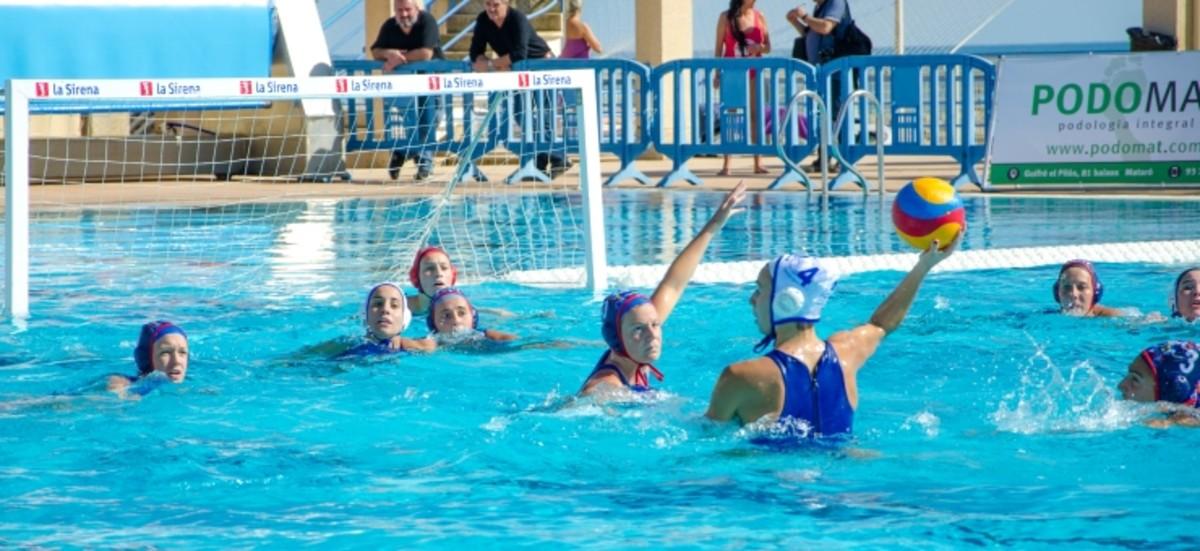 El sabadell supercampe n femenino de waterpolo for Piscina olimpia sabadell 2018