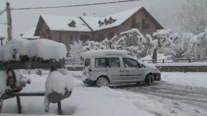 La neu cobreix bona part de l'alt Pirineu i l'Aran