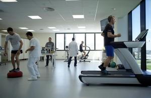Nuevo centro sanitario y de rehabilitación de Seat en Martorell.