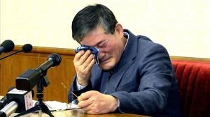 Corea del Nord allibera tres nord-americans com a gest cap a Trump