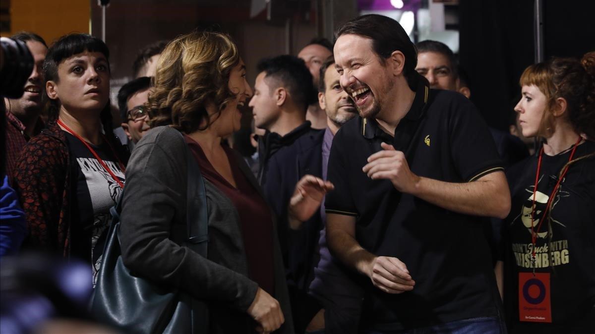 La alcaldesa de Barcelona, Ada Colau, y el vicepresidente segundo del Gobierno, Pablo Iglesias