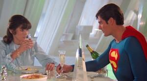 Fotograma de la película Superman, con Margot Kidder y Christopher Reeve.