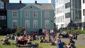 Plaza del Parlamento de Reikiavik, capital de Islandia.