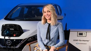 Margot Robbie en la retransmisión a través de Facebook