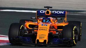 Fernando Alonso ya rueda con el nuevo McLaren MCL33
