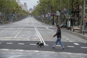 El paseo de Gràcia de Barcelona, sin actividad durante el confinamiento.