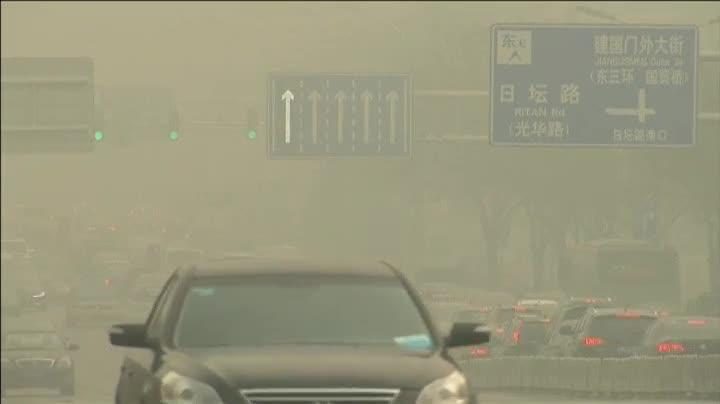 Las autoridades de Pekínhan decretado el nivel de alerta máxima anteniveles de contaminación que superan en veinte veces, los recomendados OMS.
