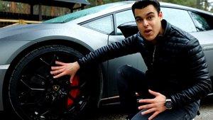 El 'youtuber' David Díaz, Alphasniper, presenta su Lamborghini Huracán.