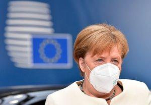 Angela Merkel, a su llegada a la cumbre de la UE, este domingo en Bruselas.