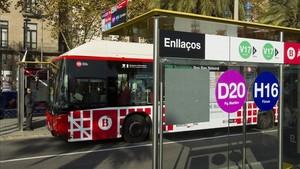 Uno de los buses de la red ortogonal de Barcelona.