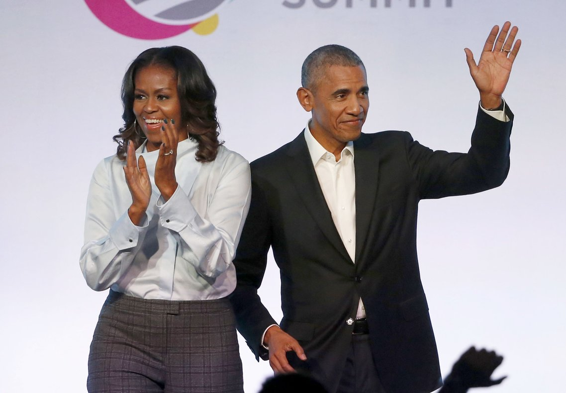 Michelle Obama dijo a los realizadores que estaba particularmente impresionada por las escenas iniciales de los trabajadores en la fábrica.