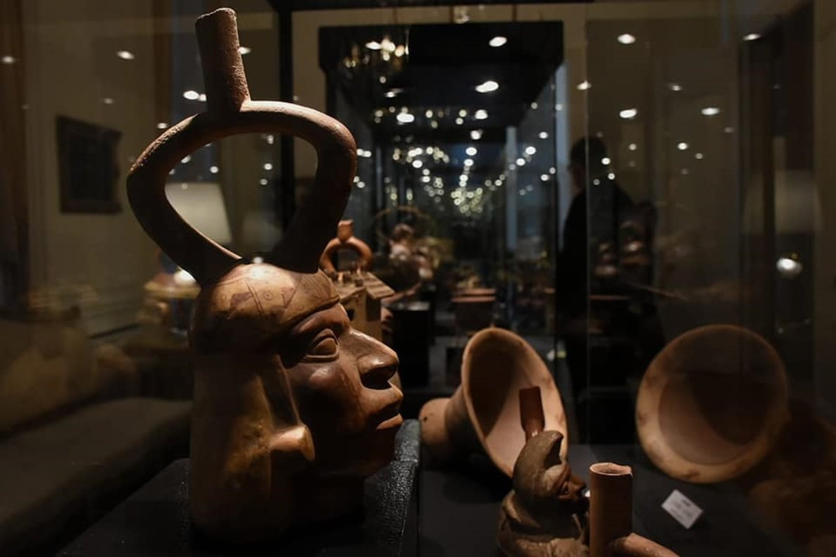 Los bienes del patrimonio cultural pertenecen a culturas prehispánicas como Moche, Chimú, Nasca, Inca, Vicus y Chancay.