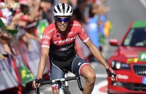 Alberto Contador, a su llegada a la meta de Antequera.