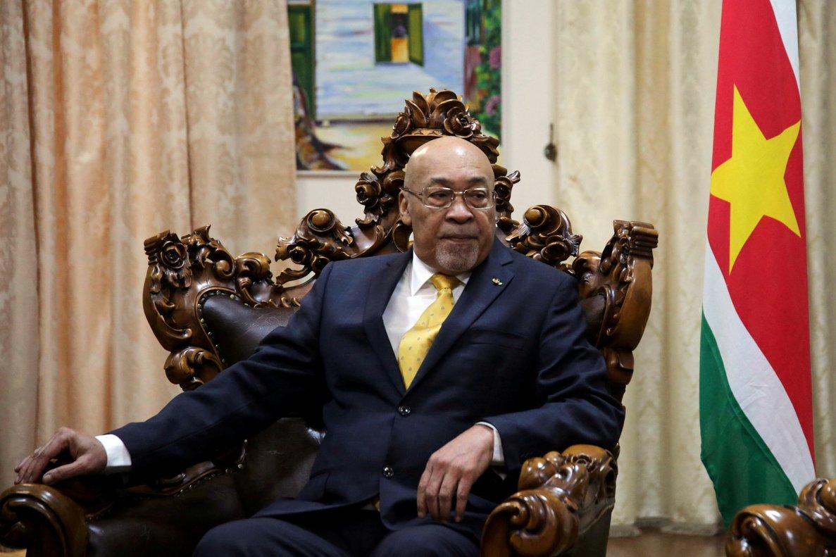 Presidente de Surinam suspende viaje a Cuba tras ser condenado por asesinato