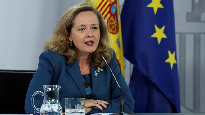 España pide más de 20.000 millones del SURE. En la foto, la ministra Nadia Calviño.