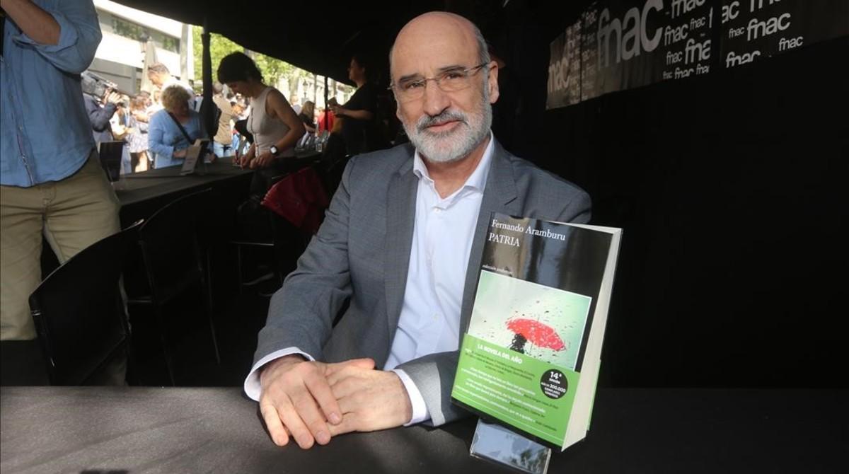Fernando Aramburu, en Barcelona, en la presentación de su novela 'Patria'.