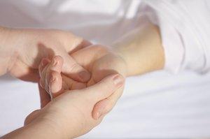 Las fisioterapeutas explotan ante el machismo y forman su #MeToo: tocamientos, faltas de respeto y acoso
