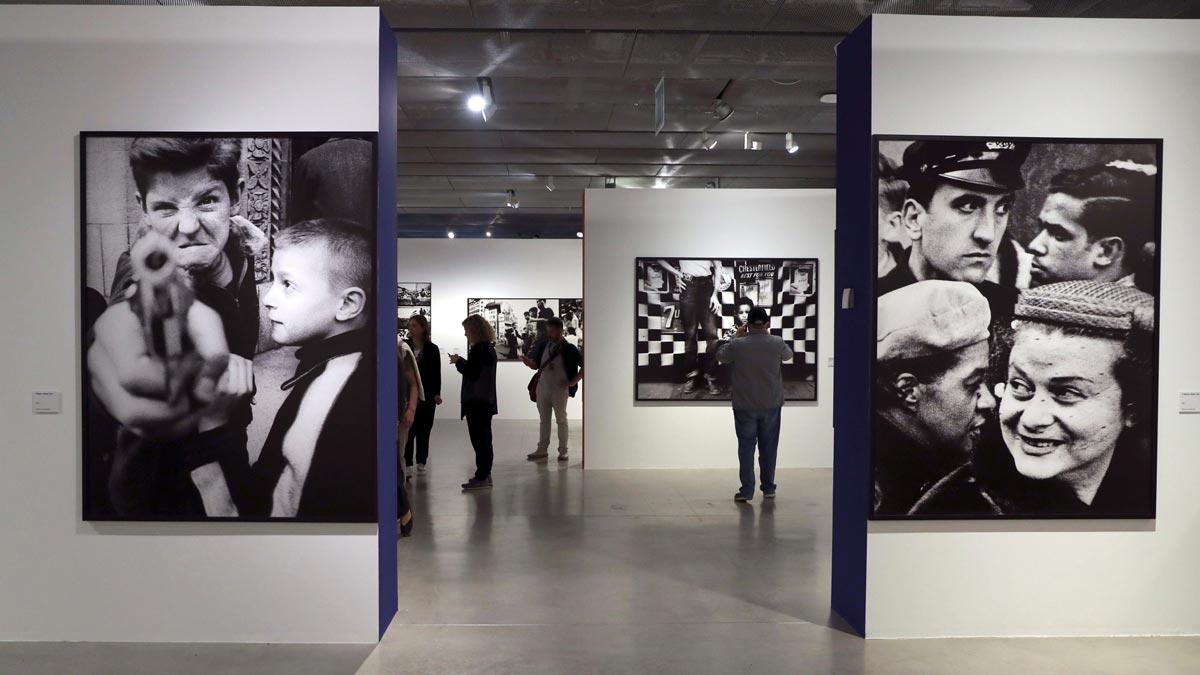 La fotografía de William Klein llega a Madrid en el marco de PhotoEspaña 2019.