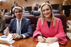 Ángel Garrido y Cristina Cifuentes, en un pleno de la Asamblea de Madrid.