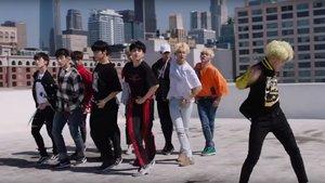 El grupo de K-Pop Seventeen, en un videoclip
