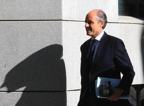 L'exdirector de la televisió valenciana demana perdó i admet els tripijocs de la visita del Papa