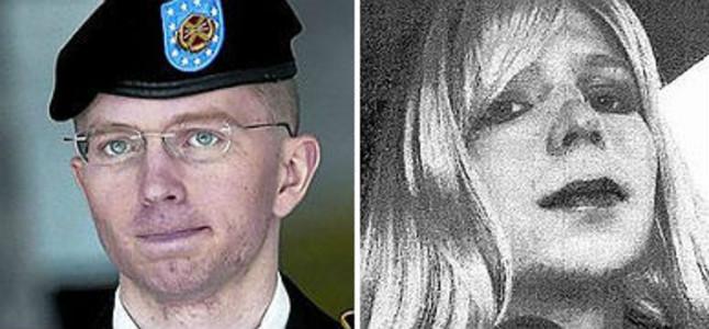 A la izquierda, el soldado Bradley Manning, y a la derecha su nueva imagen como Chelsea.