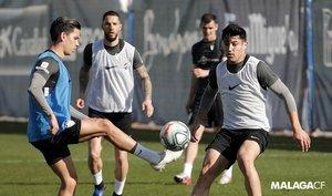 Imagen de los jugadores del Málaga durante un entrenamiento.