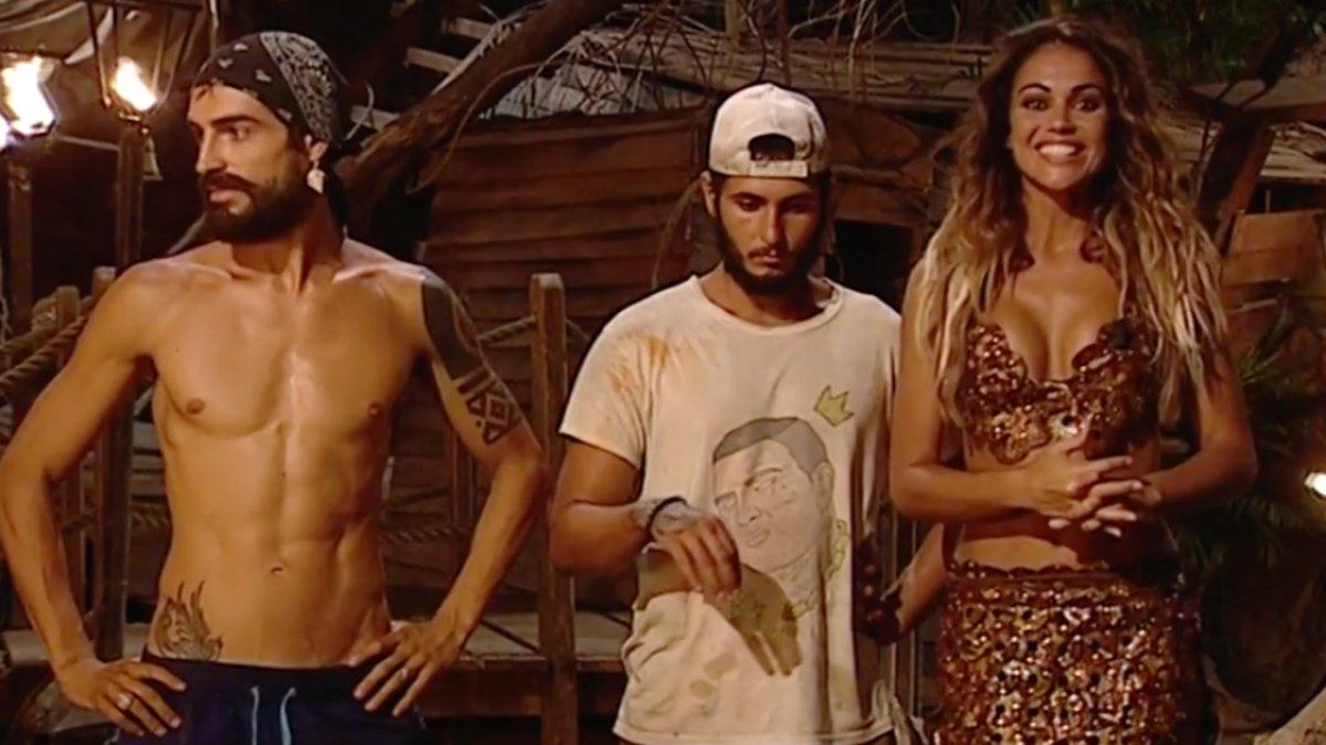 Lara Álvarez con Fabio y Omar, primeros finalistas de 'Supervivientes 2019'.
