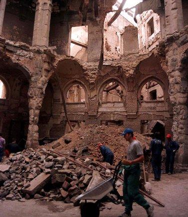 Las ruinas de la biblioteca de Sarajevo.