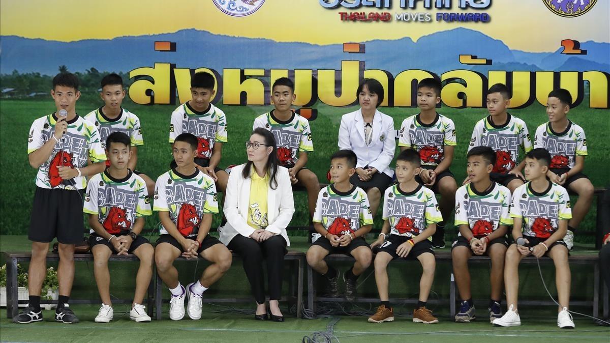 Los doce de Tailandia con el alta médica