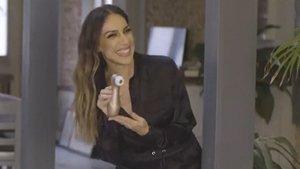 Mónica Naranjo prueba el Satisfyer para anunciar el salto de su programa de sexo a Amazon Prime Video