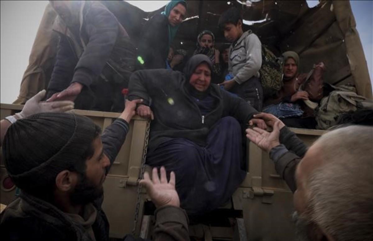 Refugiados que han huido de la ciudad de Mosul