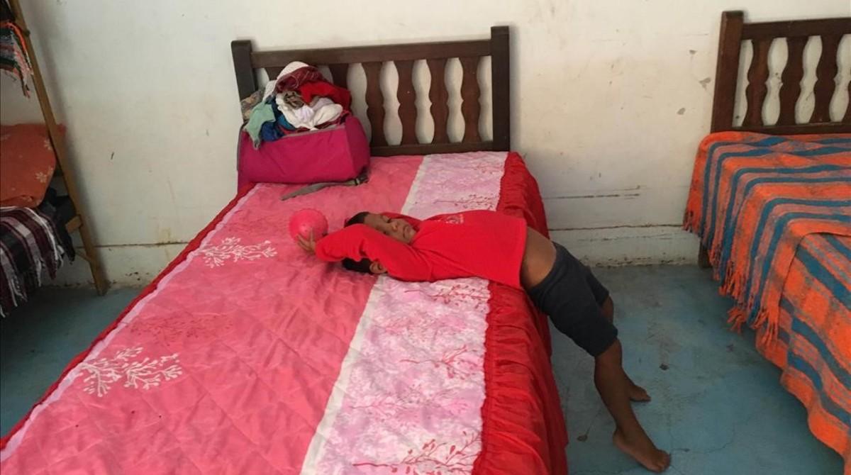 Un niño salvadoreño en un albergue de Arriaga (Chiapas).