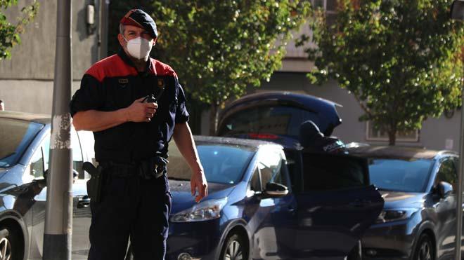 Operación policial en Barcelona contra el tráfico de cocaína.