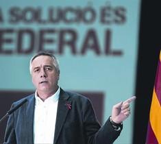 El primer secretario del PSC, Pere Navarro, en un mitin federalista.