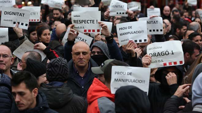 Protesta de los Mossos en la Gran Via de Barcelona.