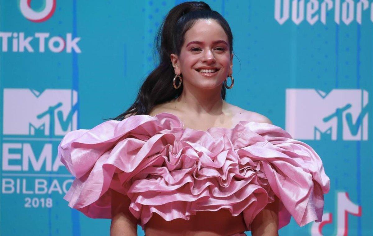 Rosalía posa en los Premios MTV, en Bilbao, el pasado 4 de noviembre.