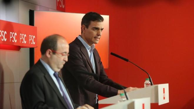 Iceta y Pedro Sánchez, en una rueda de prensa referente al PSC.