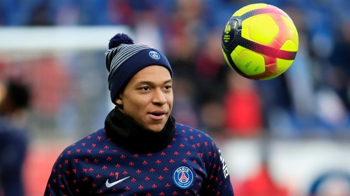 Mbappé, en un entrenamiento del Paris Saint Germain.