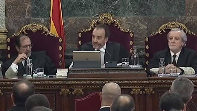 El Supremo permitirá a los acusados responder en catalán por razones emocionales.