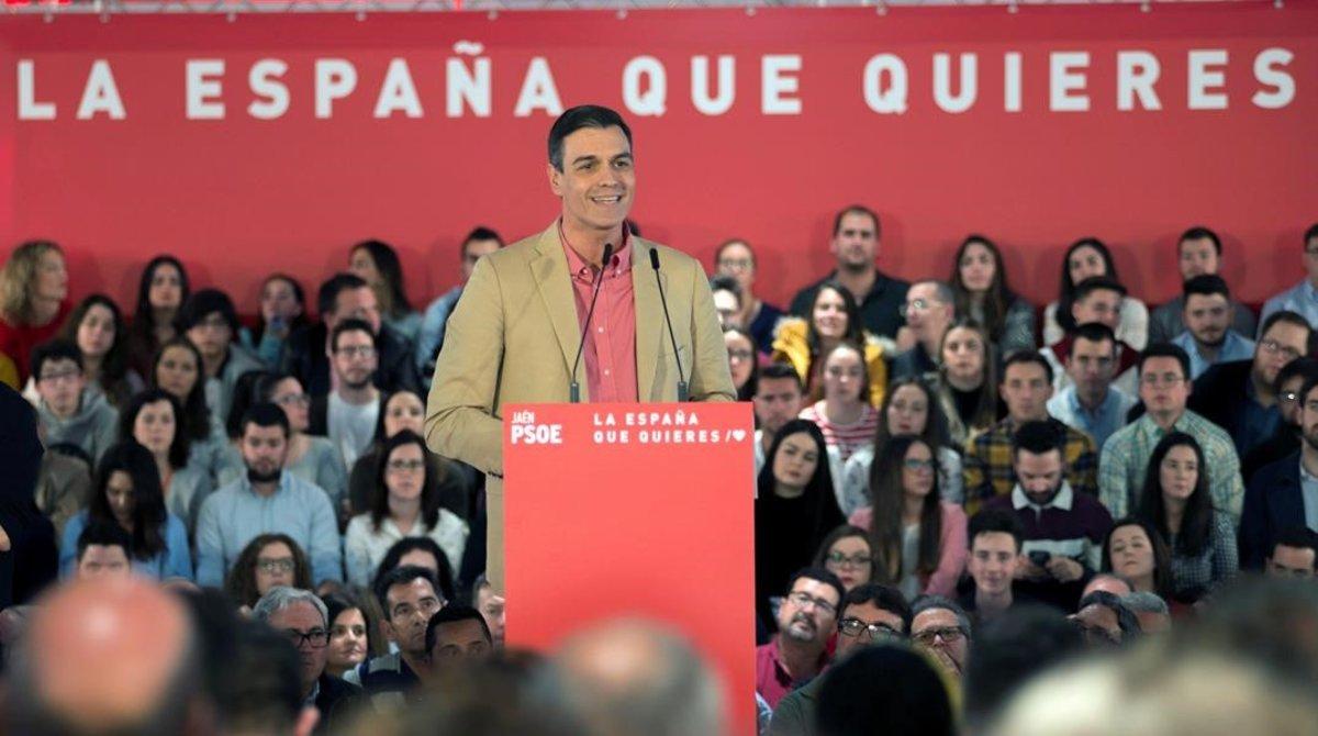 El secretario general del PSOE, Pedro Sánchez, interviene en un mitin en Jaén este sábado.