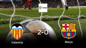 El Valencia se hace fuerte en casa y gana al Barcelona