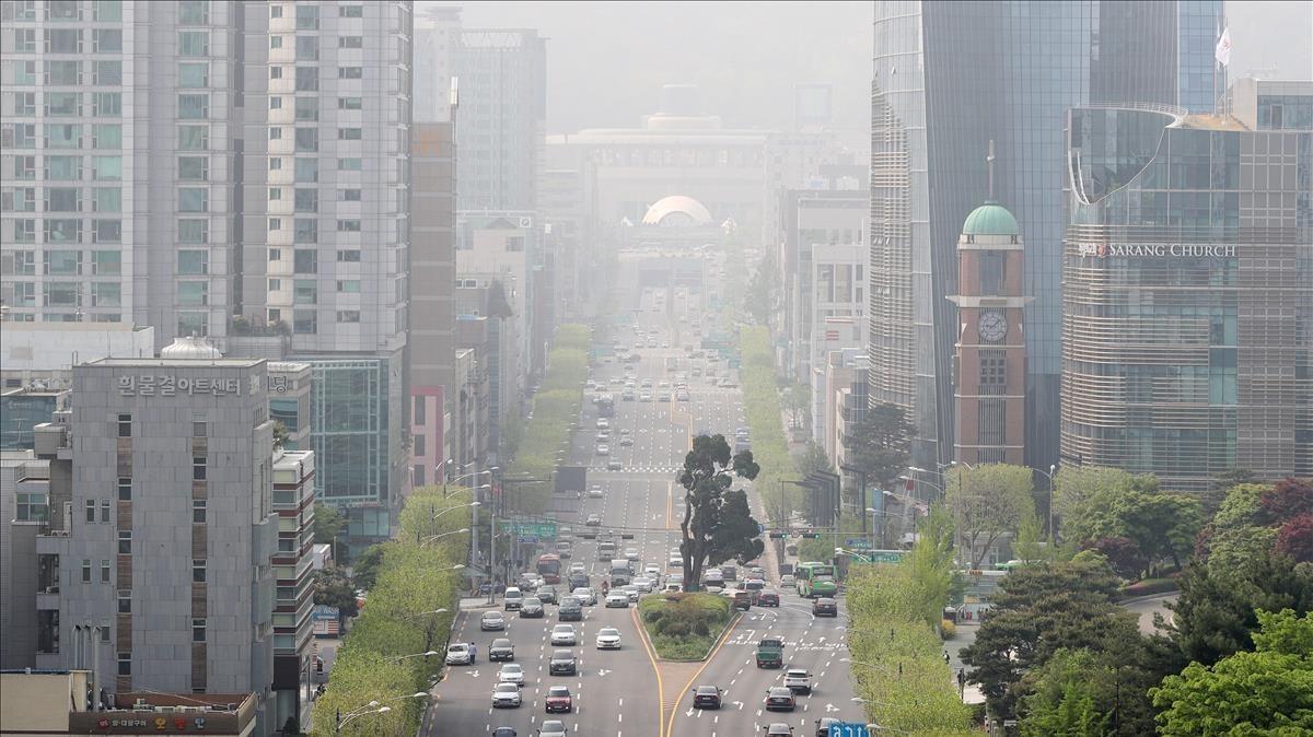 Vista del centro de Seul, Corea del Sur, ayer 1 de mayo.
