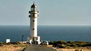 Formentera limitarà l'entrada de vehicles a partir d'aquest estiu