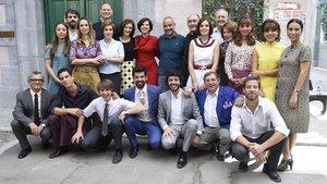 Actores de Amar es para siempre, en el set de rodaje de la serie de Antena 3.
