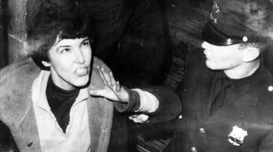 Valerie Solanas: la mujer que disparó a Warhol (y escribió el manifiesto 'Scum')