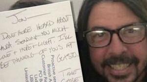 Dave Grohl muestra sus condolencias a Jon Plane